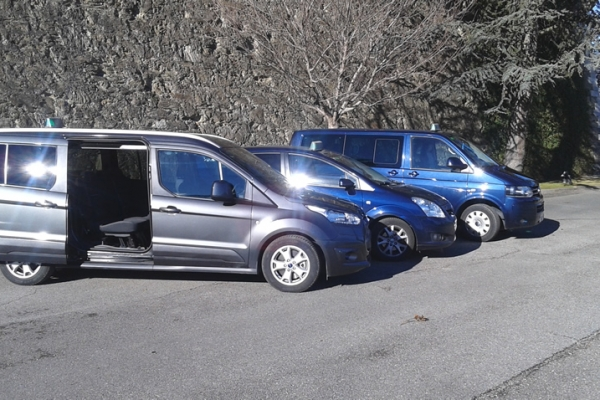 vehicles7F6EB9970-E40B-9611-95F4-7DD54F47AF45.jpg